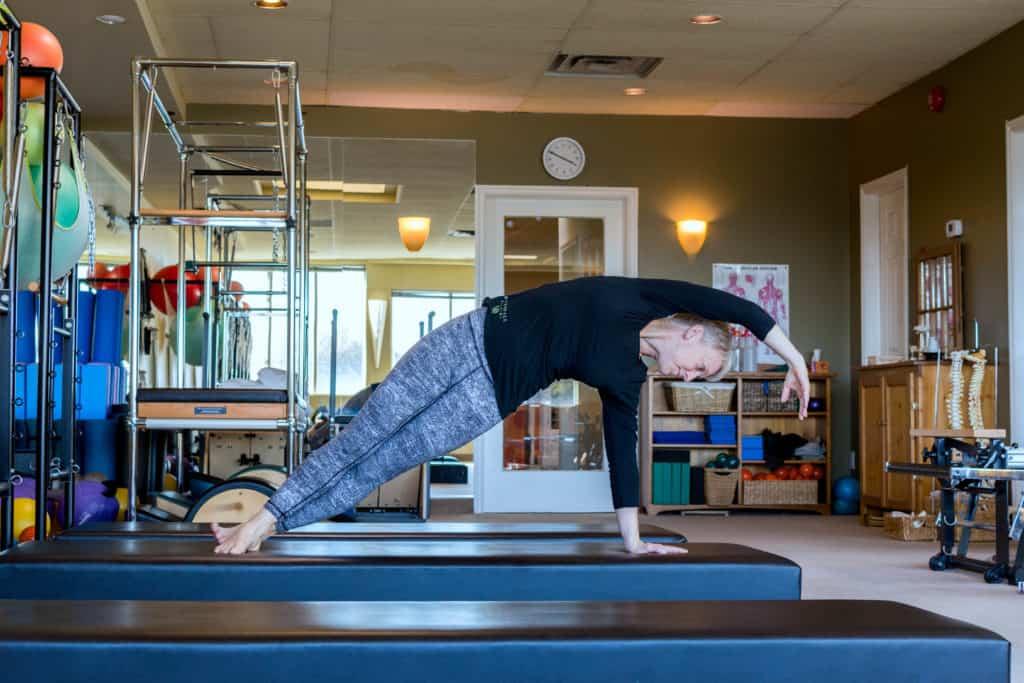 Pilates Mat Sidebend